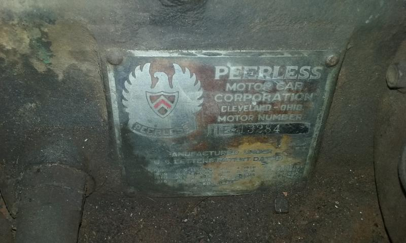 peerless engine data plate.jpg