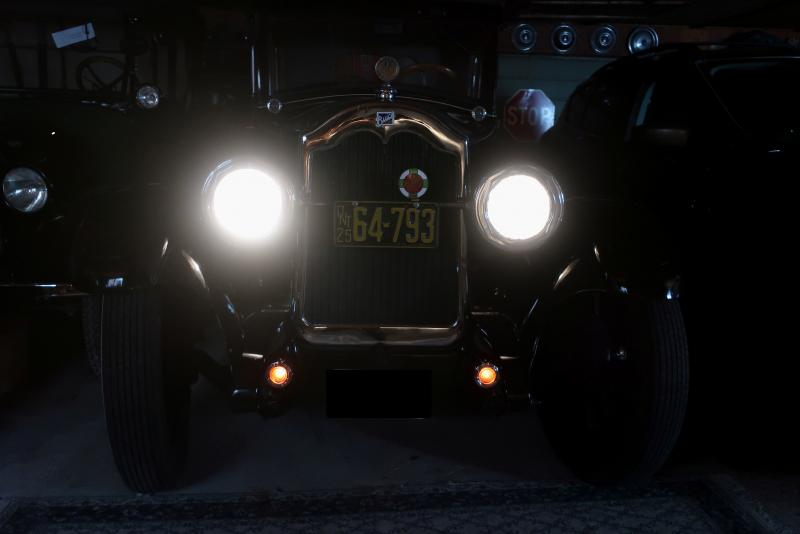 1925 Buick with lights 001 copy.jpg