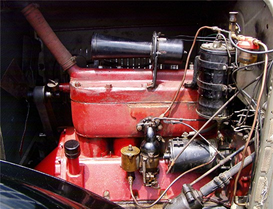Dodge 1926 engine.jpg