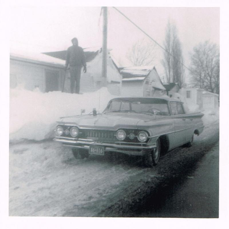 5a5eca11a3f8a_1959Olds98-Winterof1969934PointPeleeDrLeamington-Copy.thumb.jpg.3111cf7e3267ace0fc70548e86594bcd.jpg