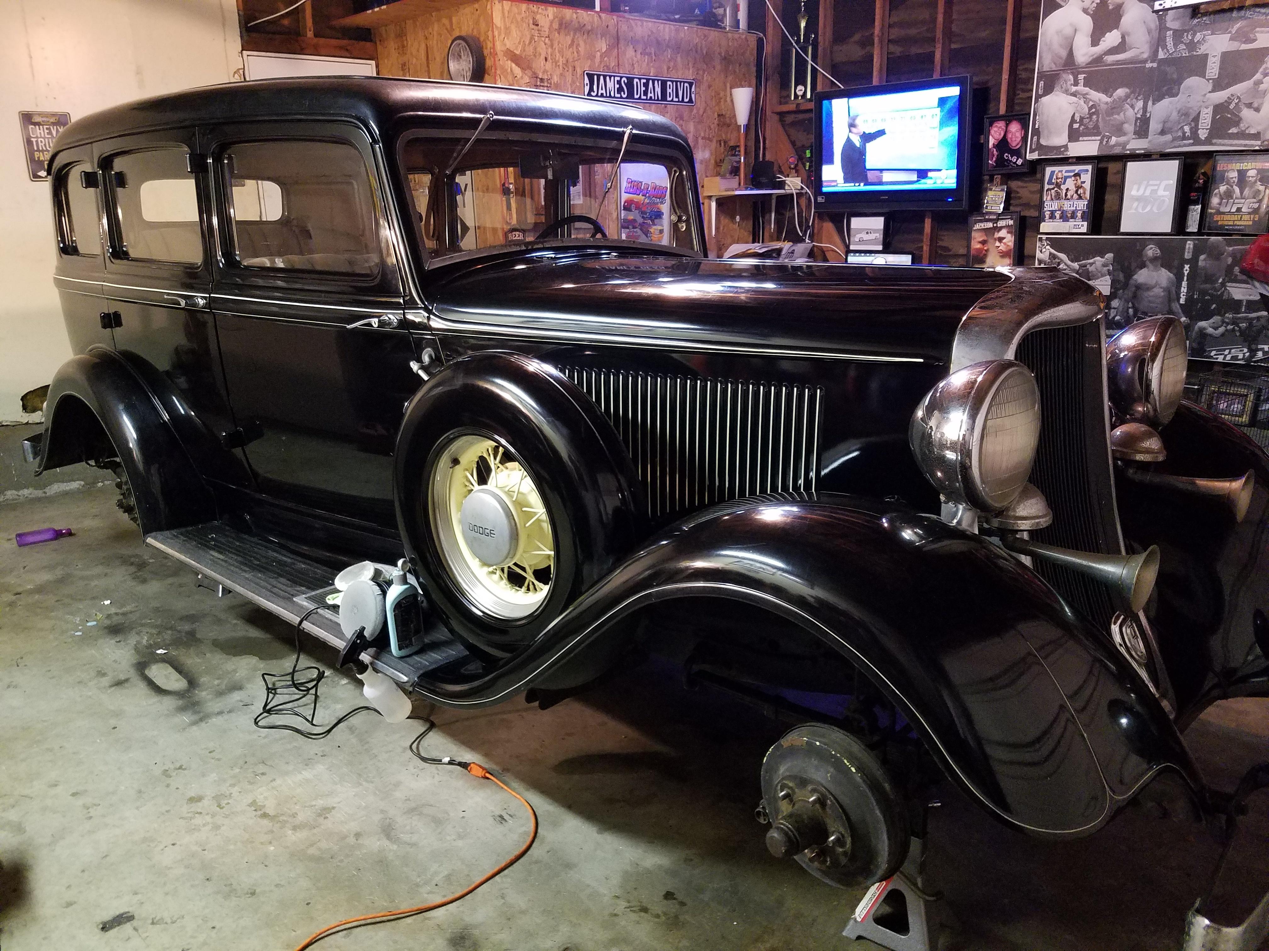 1933 Dodge DP six 16\
