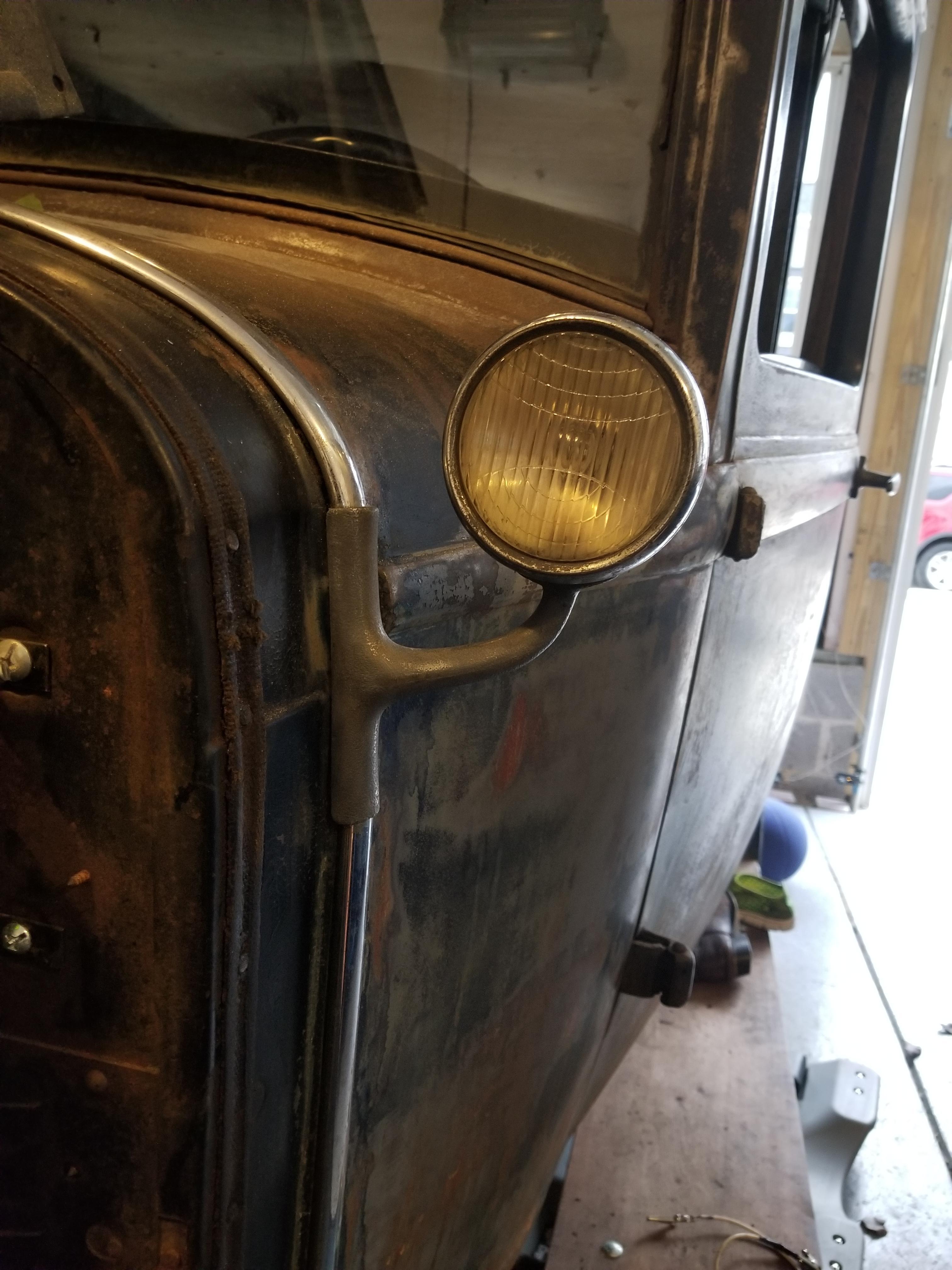 1929 DeSoto Cowl Light - Parts Wanted - Antique Automobile Club of ...