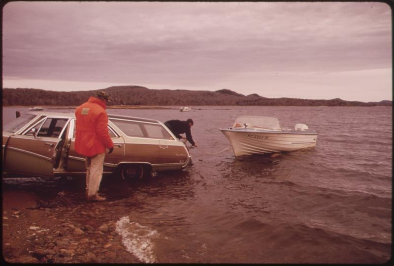 69 sportwagon and boat.jpg