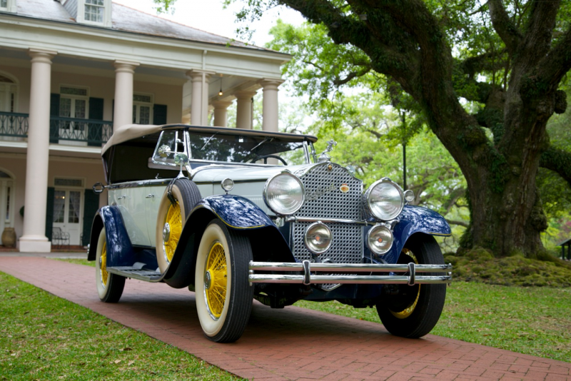 1930 Packard at Oak Alley Plantation - right 4-9-2013.png