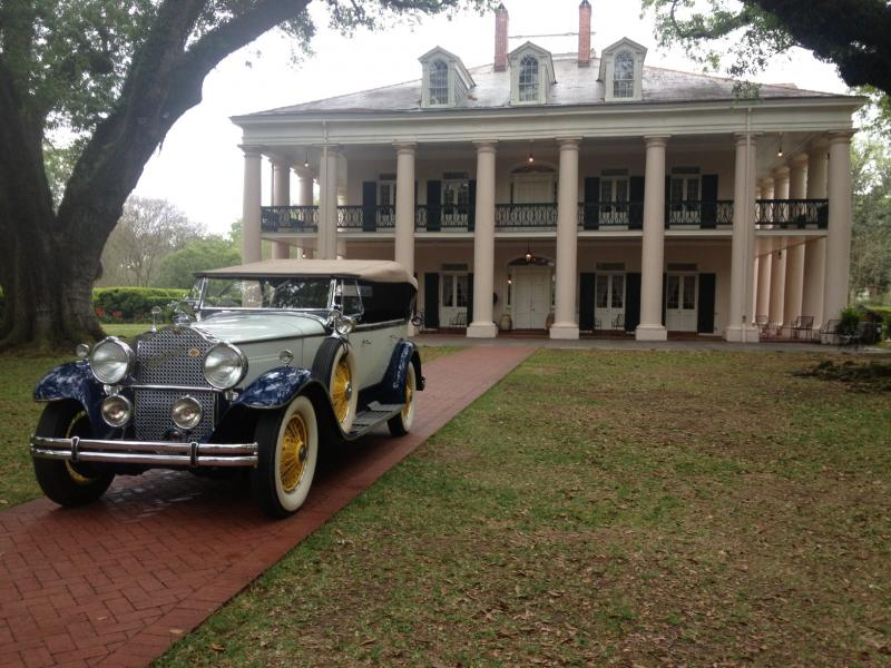 1930 Packard at Oak Alley Plantation - driver side.JPG