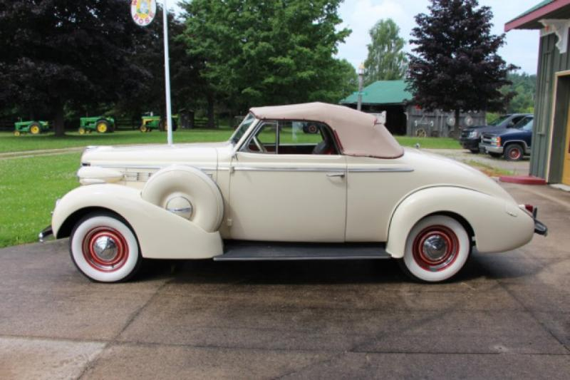 1940 Buick Special 40C (2).jpg