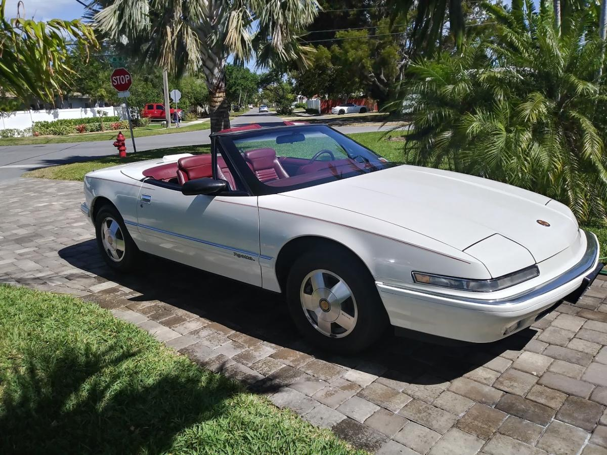 1990 Reatta Top down front Side.jpg