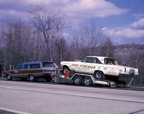 Dodge towing Dodge.jpg