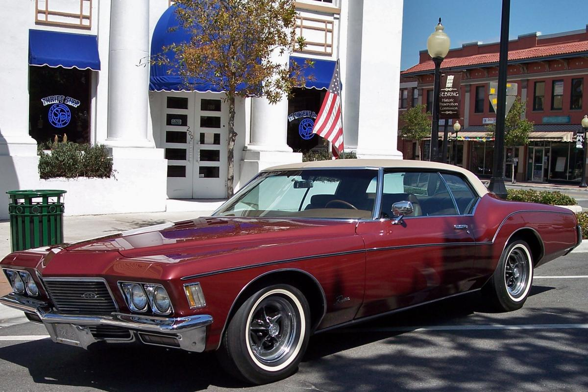 To her favorite National, Jamey Carroll, from Mrs. Judy Beauchamp of Sebring, FL a photo of her national prize winning restored 1971 Buick Riviera.JPG
