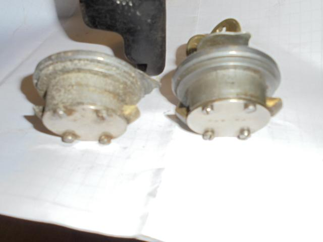 crest parts and locks oakes 024.JPG