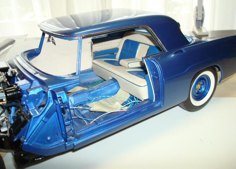 1009 rear compartment.JPG