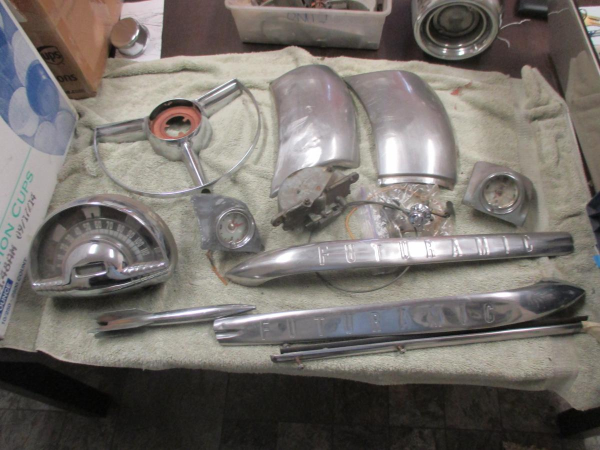1949 1950 olds chrome,stainless,dash parts,heater,wagon