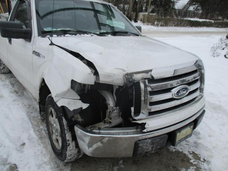 1419799645_2011Ford-Accident-Dec162016-pic1-Easy-Resize_com.thumb.jpg.40dfd9ba15ee8d51ad6bdc92be159725.jpg