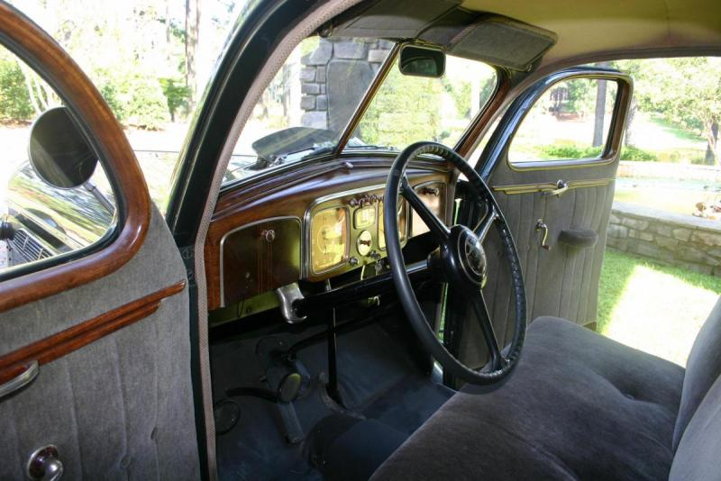 1936 Chrysler 5.jpg