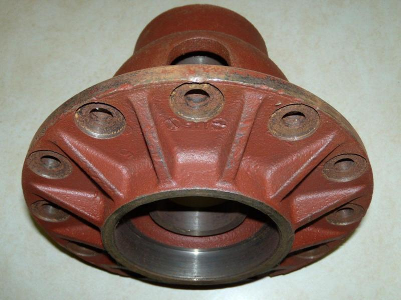 NOS Differential Gear Carrier Case-1.jpg