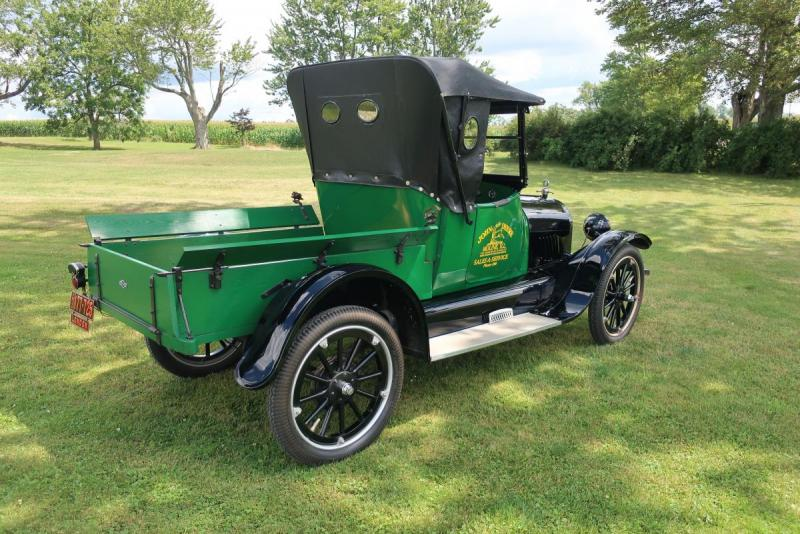 1921 Chevrolet Roadster Pickup 003.JPG