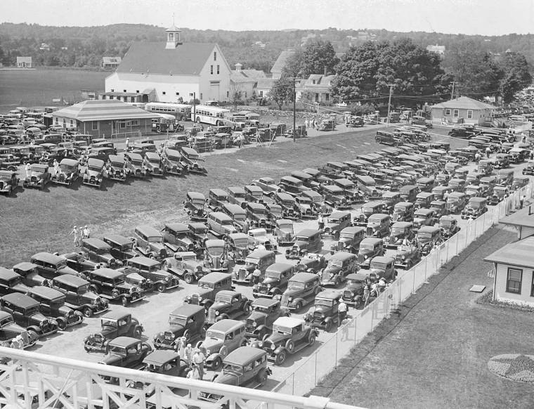 Cars-Entering-Rockingham-Park-Circa-1935-III-760x582.jpg