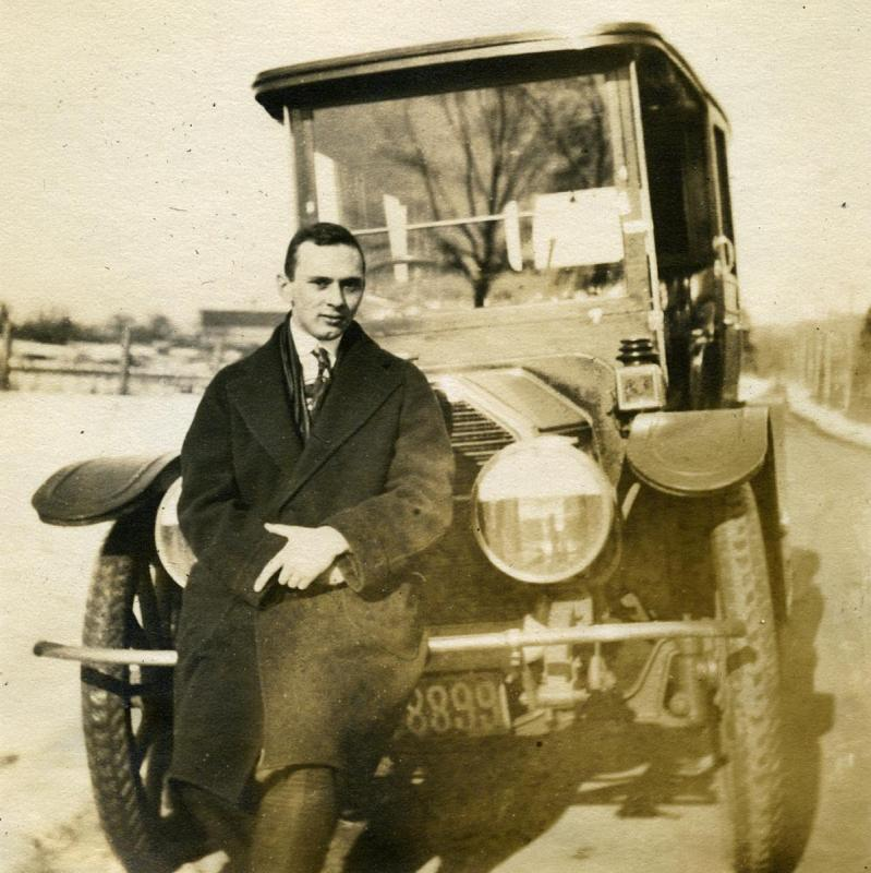 Car owned in winter 1916 1. cropped.jpg