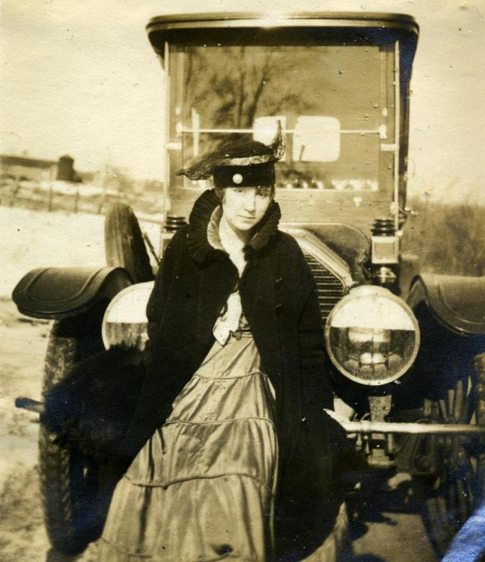 Car owned in winter 1916 2. cropped.jpg