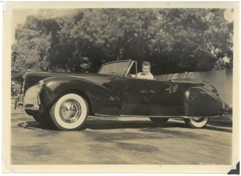 Lincoln 1941 Continental Paramount Studios.jpg