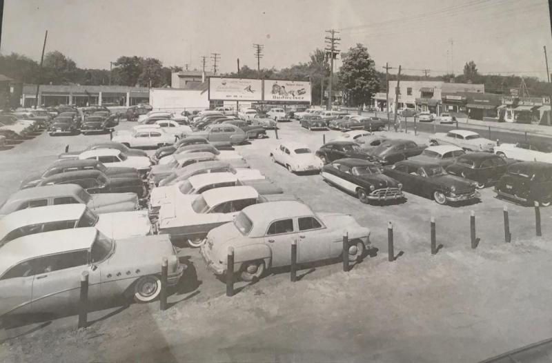 Parking lot 1950s.jpeg