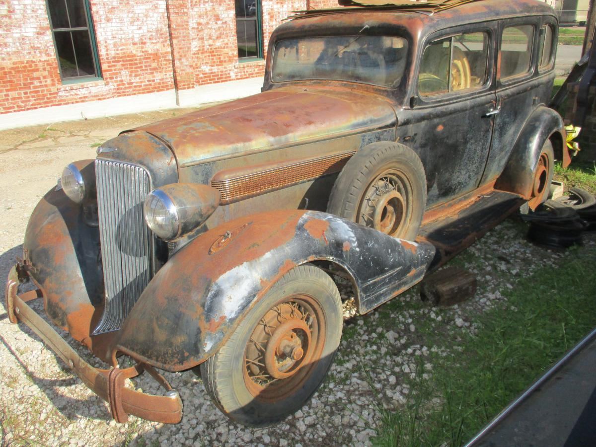 1934 Pontiac project w/parts, tires, interior - Cars For Sale