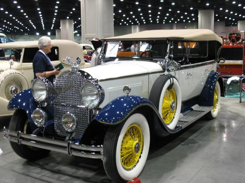 1930 Packard at louisville 75th Anniversary Meet 008.jpg