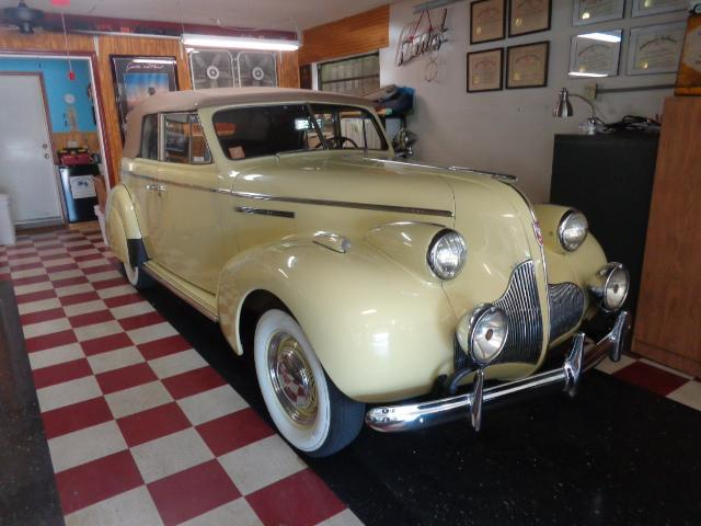 39 Buick Special 41C one of 714.JPG