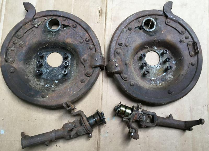 1926 buick standard front backing plates - universal joints.jpg