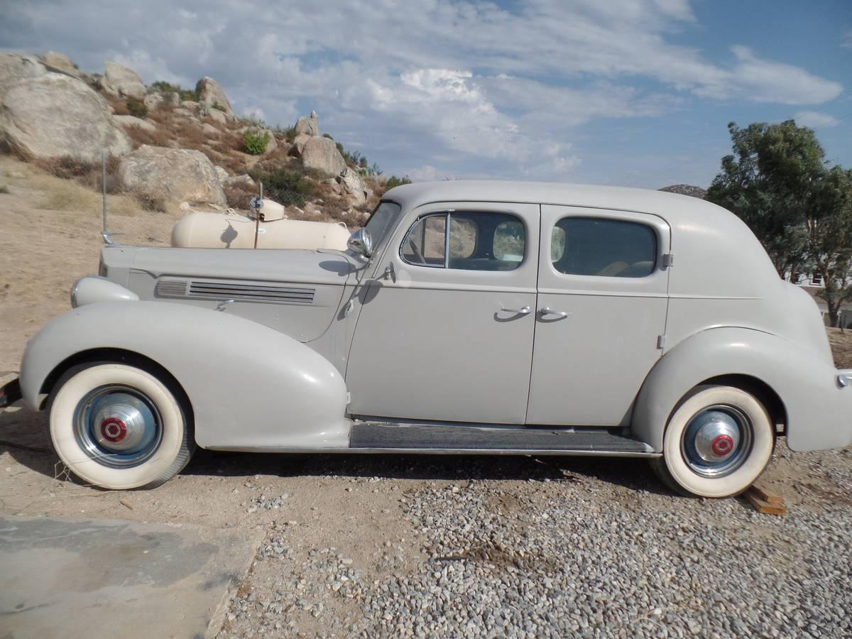 What is Wrong With This Packard? - General Discussion