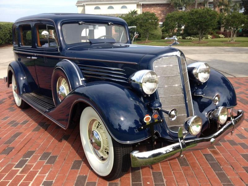 1934 Buick5 Right Front.JPG