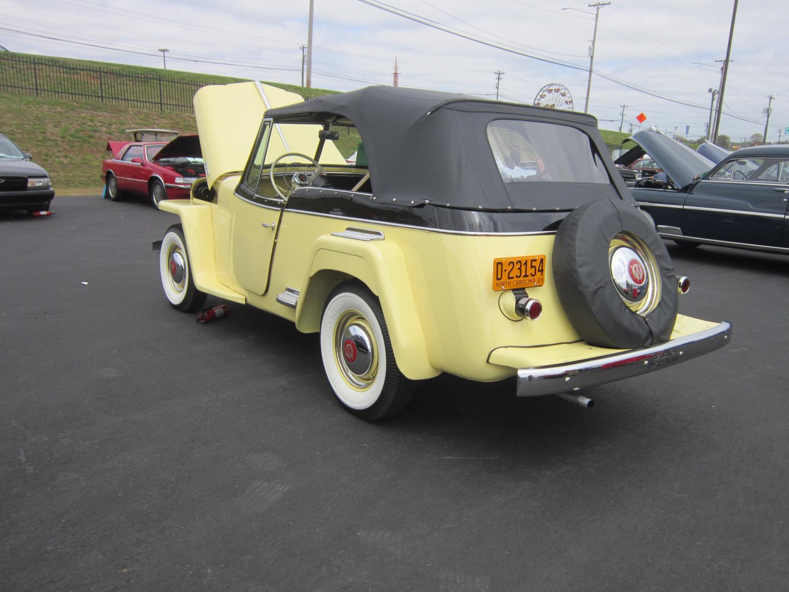 Willys 1949 Jeepster.JPG