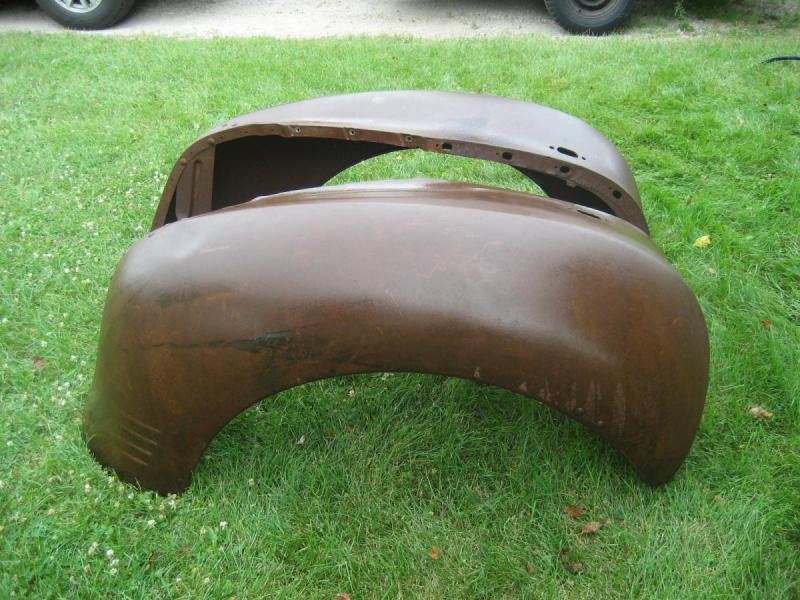 1930's 1940's Dodge Plymouth Truck NOS Front Fenders-3.JPG