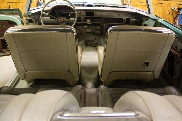 Bucket Seats Back Installed.jpg