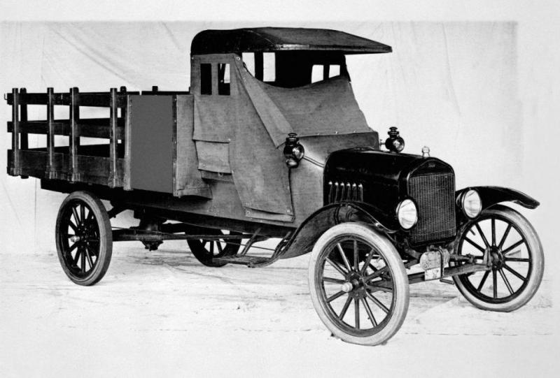 1918-Ford-Model-TT-one-ton-stake-bed-truck-98801-970x655.jpg