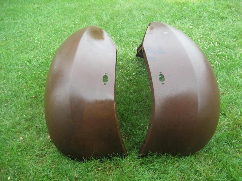 1930's 1940's Dodge Plymouth Truck NOS Front Fenders-1.JPG