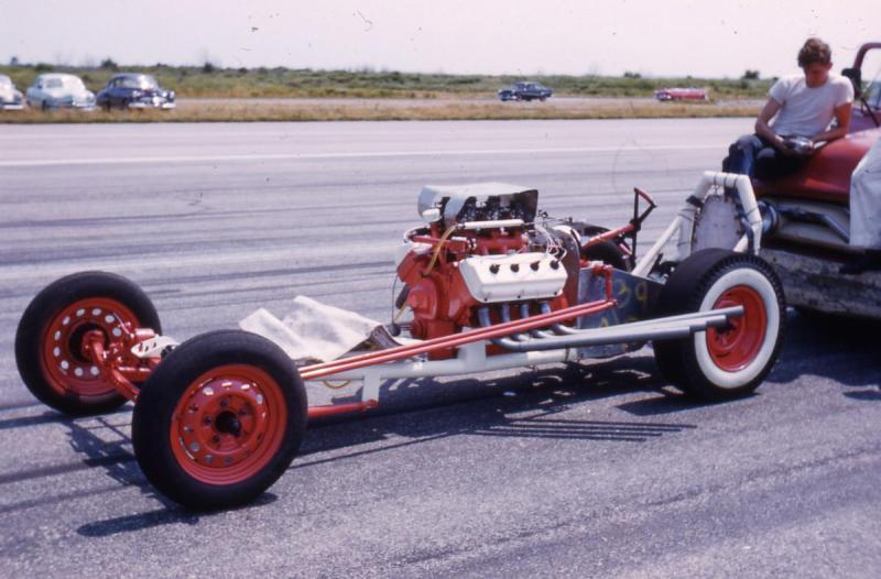 Dragster and Roger 1958.jpg