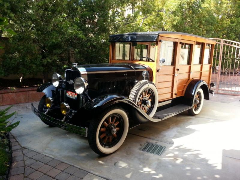1929 Oldsmobile Woodie.jpg
