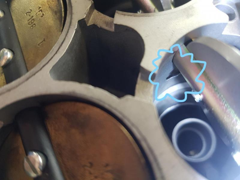 InkedGS Rear Carb Marked.jpg