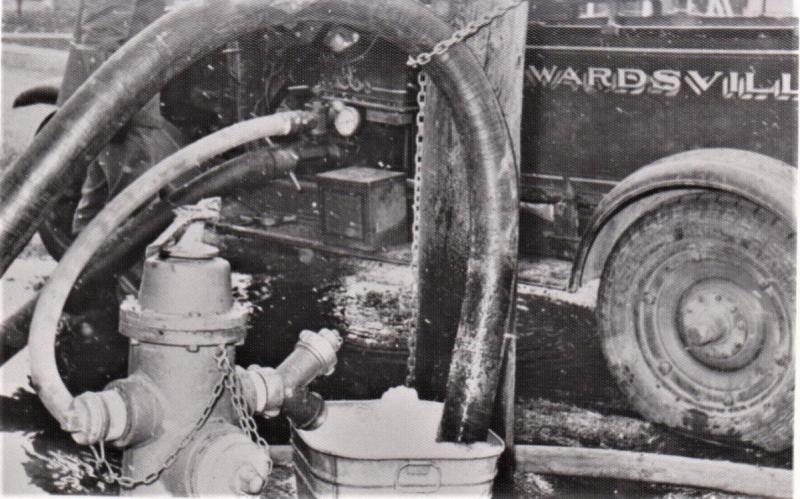 1931 Chevy fire engine pumping from washtub 1964.jpg