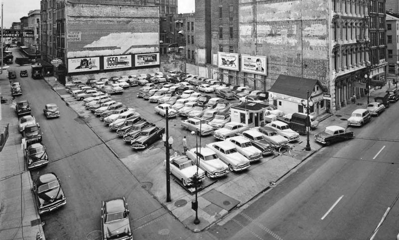 New-Orleans-Car-Parking-Lot-1950s-1080x650.thumb.jpg.669b16befd92425522793a9d67d30185.jpg