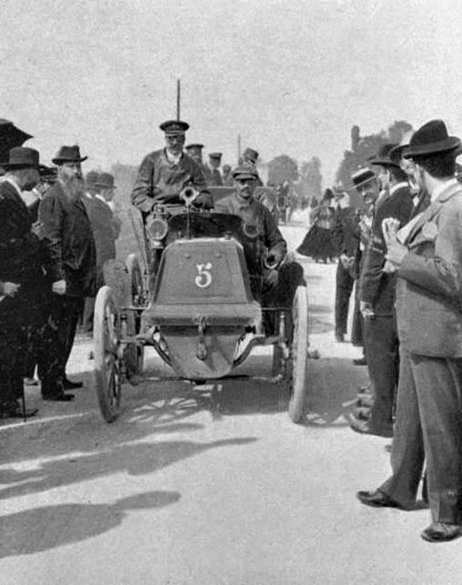 American George Heath, Panhard  Levassor 1898 Paris to Amsterdam First American racing in a foreign country. 1904 winner, Vanderbilt Cup.jpg