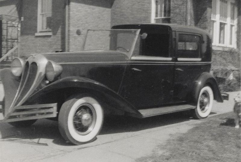34 Brewster Town Car on Ford chassis.jpg