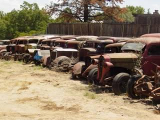 23  1936 & 1937 Dodge Humpbacks rusting in CA.1.jpg