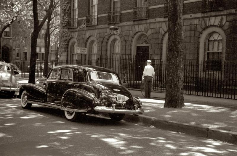 2083947474_July201941_20Cadillac20parked20on20a20Chicago20street.thumb.jpg.c2cfebb712bbb0d53b1217a6490184f3.jpg