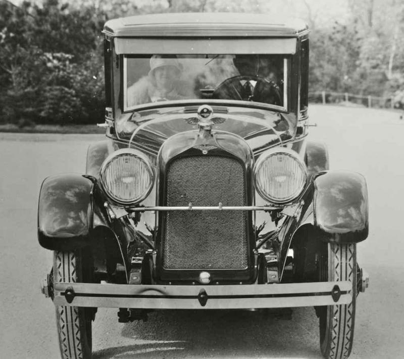 duesenberg-model-a-rubay-sedan-03.jpg