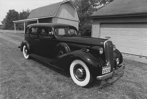 1936 Buick Limited 91F.jpg