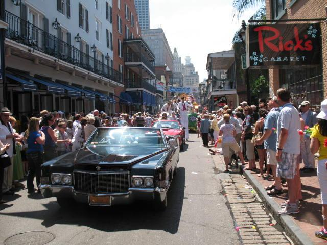 New Orleans Easter Parade 2012 - 1970 Cadillac 002.jpg