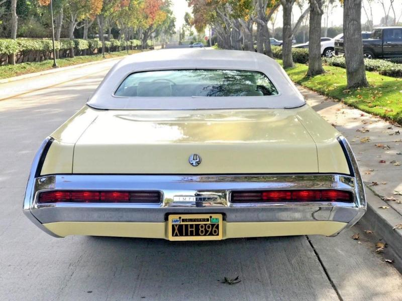 1969 Imperial coupe yellow 3.jpg