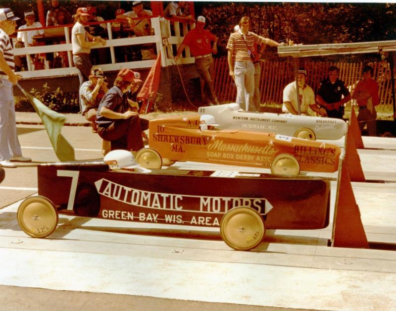 SoapBoxDerbyChampionshipStartingLine-Small.thumb.jpg.5a3af9bcfa985ef84e49ebe8d74c75ad.jpg